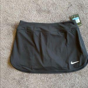 New Nike women's Tennis/Golf Skort